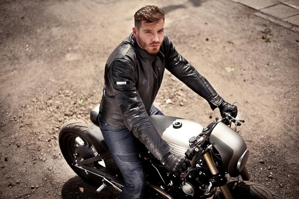motorcycle leather suit dainese avro d2 2 pcs black. Black Bedroom Furniture Sets. Home Design Ideas